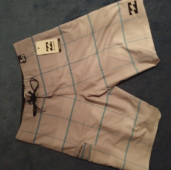 Mens Billabong swim/board shorts. New Size 30